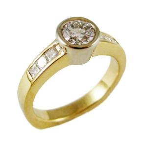 18k yellow gold bezel set<span>0.74ct F color VS1 clarity center, 0.34ct tw princess sides</span>